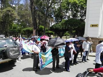 COB decide movilizaciones por la salud y Gobierno acelera fecha del encuentro