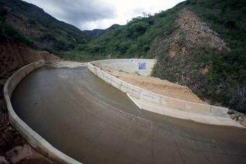 Entregan Sistema de Riego Nogales en municipio El Villar