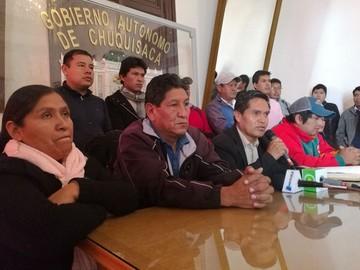 Huelga médica: Oficialismo se declara en estado de emergencia y advierte con movilizaciones