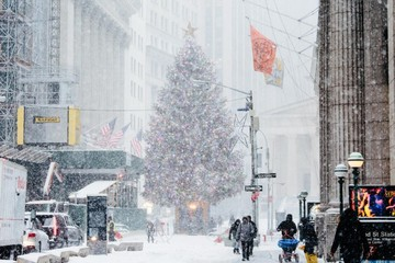 Fuerte tormenta de nieve deja caos en Nueva York