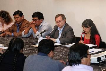 Comisión legislativa aprueba proyecto de ley que deroga artículos 137 y 205 del Código Penal
