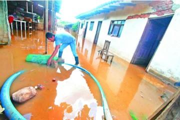 El temporal causa desolación en las provincias cruceñas