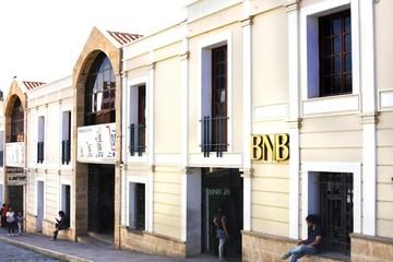 """Sucre: Los """"súper"""" crecen, pese a la tradición de los mercados"""