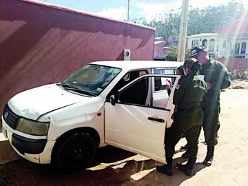 Tres personas a prisión por robo de autos