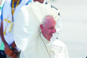 Papa pide hospitalidad hacia los inmigrantes
