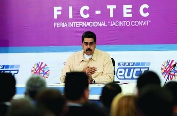 Llega el petro, polémica apuesta de Maduro