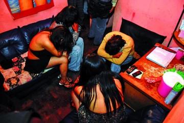 Damas de compañía  dopaban y robaban  a clientes en La Paz