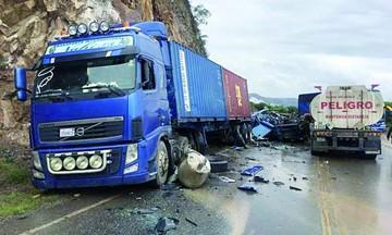 Colisión causa muerte de una persona en carretera