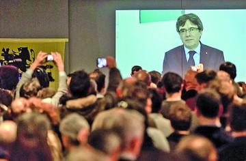 Puigdemont reconoce derrota del separatismo
