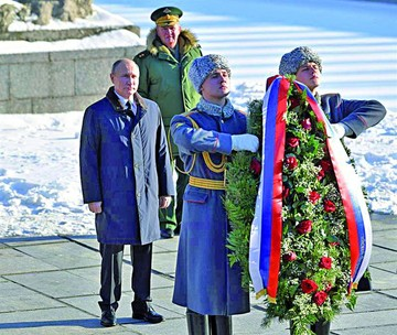 Putin conmemora victoria rusa en Stalingrado
