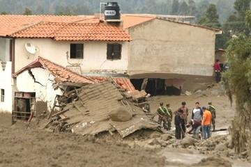 Defensa reporta que al menos diez casas fueron afectadas por la mazamorra en Tiquipaya