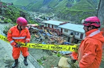 Tragedia llega a La Paz tras desplome de casa