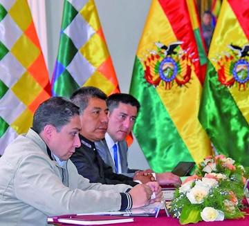 """Bolivia confía en """"consistencia"""" de sus argumentos en La Haya"""