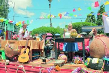 El Carnaval de Antaño conquista a sucrenses