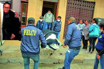 Sospechoso de asesinato de anciana sigue prófugo