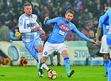Nápoles continúa a paso firme en la Serie A italiana
