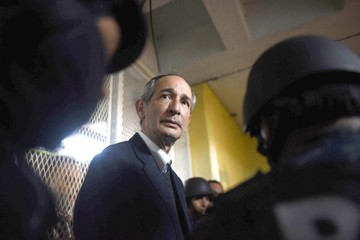 Prisión preventiva para Colom agita Guatemala