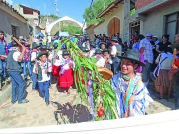 Yotala despide Carnaval con tradiciones