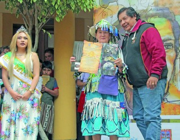 Premian a ganadores del Carnaval sucrense