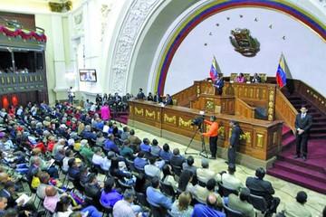Oposición venezolana advierte golpe por elecciones