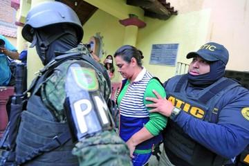 Detención judicial para la ex primera dama de Honduras