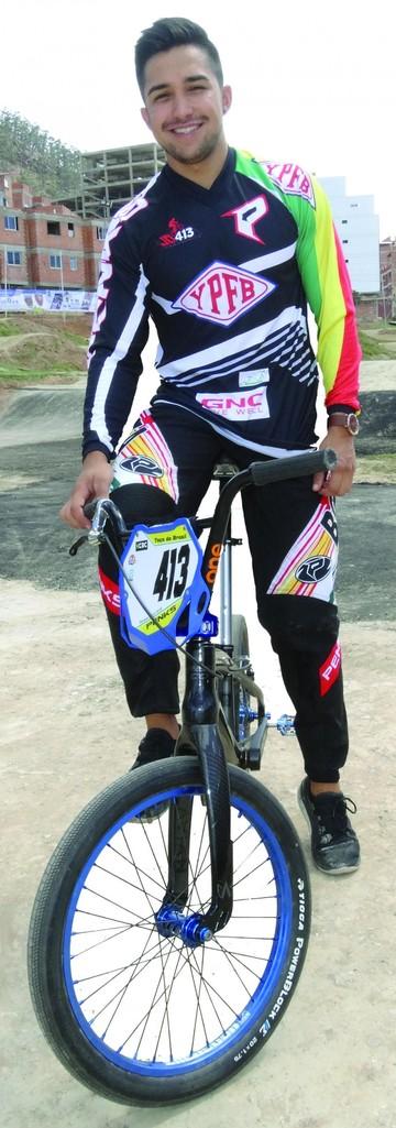 Jaime Quintanilla la perseverancia, la clave del mejor piloto boliviano