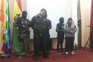 Policía detiene a dos peligrosos antisociales que robaron en un frial