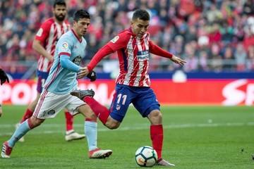 Atlético gana y mantiene ventaja con el Barcelona