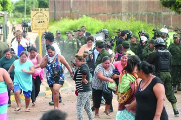 Policía requisa Palmasola y mueren siete prisioneros