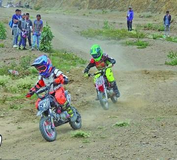 Motos abren su temporada en pista de Santa Catalina
