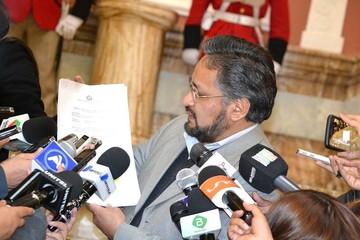 Ministro Rada cuestiona pronunciamiento de Comisión de Venecia sobre reelección