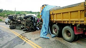Accidente siega tres vidas en la carretera a Potosí