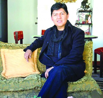 Activista expone sobre la China Morena en el ABNB