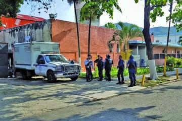 Oposición pide esclarecer 68 muertes en comisaría