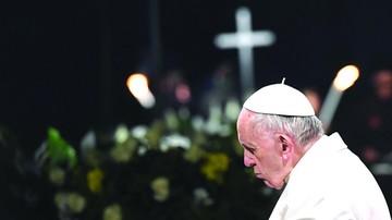 Papa critica las guerras como legado a jóvenes