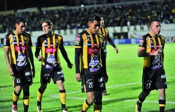 """El Tigre fue domado con una """"banda roja"""""""