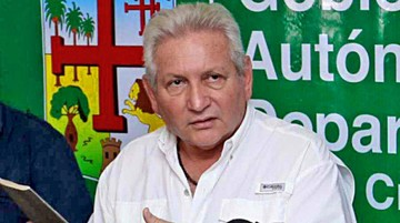 Amdecruz anuncia juicio a Costas por Incahuasi