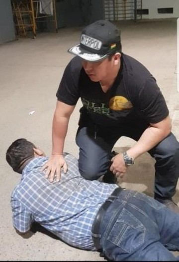 Atrapan a falsos policías extorsionadores
