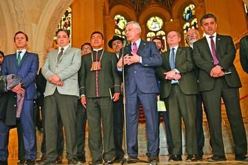 Bolivia insiste en reponer relaciones diplomáticas