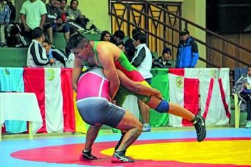 Lucha define a sus clasificados para  los Sudamericanos