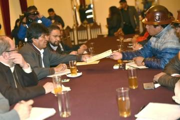 COB y Gobierno van al diálogo
