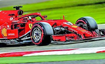 "Vettel parte desde la ""pole"""