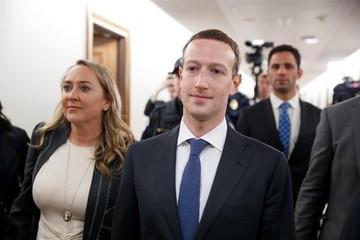 El fundador de Facebook pedirá perdón mañana ante el Congreso de EEUU