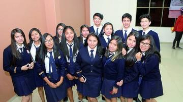Toma de nombre de la promoción  del colegio Bet-el School