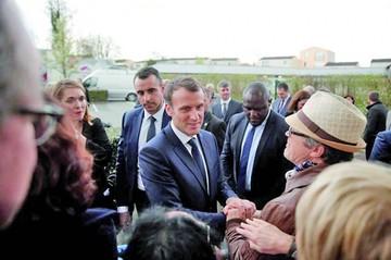 Macron mantiene ritmo de sus reformas