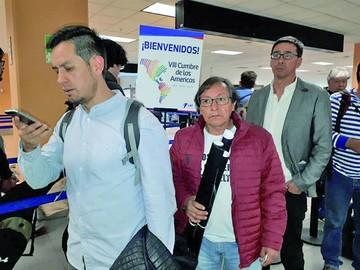 Moreno y Santos hablarán sobre tres secuestrados