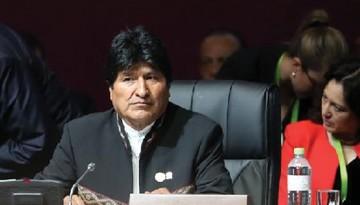 Evo defiende a Maduro y condena actitud de EEUU