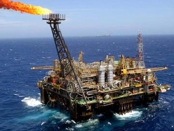 El petróleo de Texas cae un 1.7% después de semana de escalada