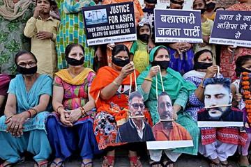 Protestas en India por violaciones y asesinatos