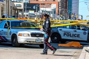 Confirman nueve muertos y 16 heridos en el atropello de una furgoneta en Toronto